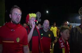 مشجعو منتخب بلجيكا يحتفلون بفوز منتخبهم على نظيره السويدي